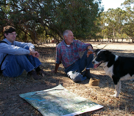 Maksym (on the left) with landowners discussing how they value native vegetation on their land. (Photo: Geoff Park)